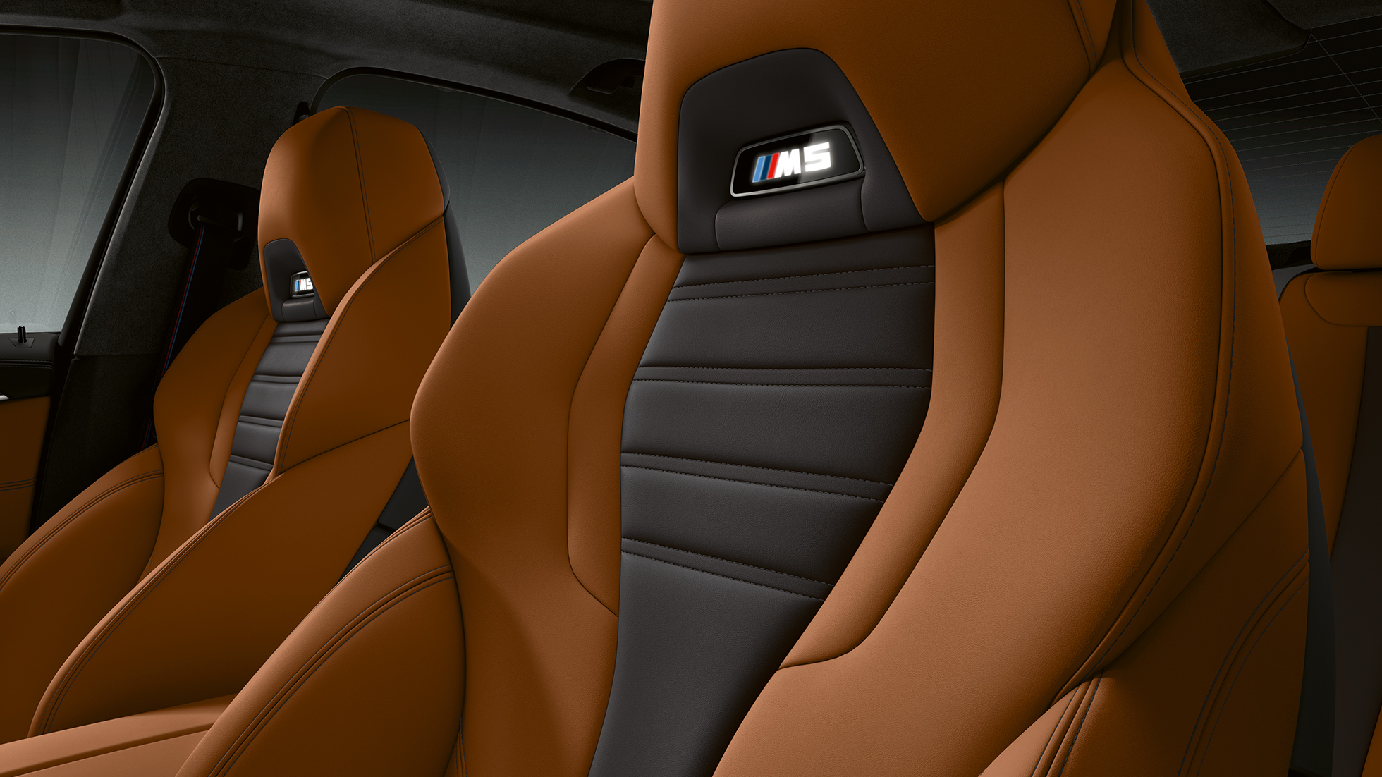 BMW M5 interior, seats.